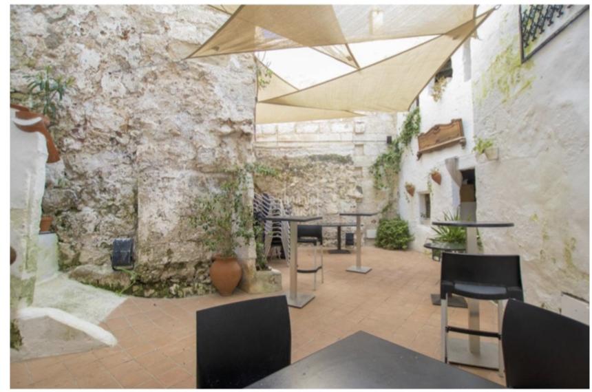 Edificio hotelero en Menorca ( Mahón)